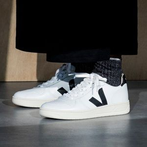 Veja V-10 Extra White Black Classic Sneakers 5